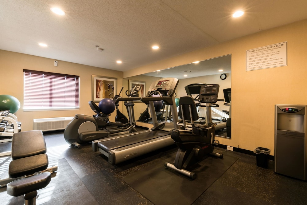 Fitness Facility, Baymont by Wyndham Detroit Airport/Romulus