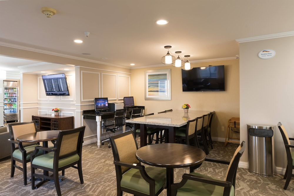Breakfast Area, Baymont by Wyndham Detroit Airport/Romulus