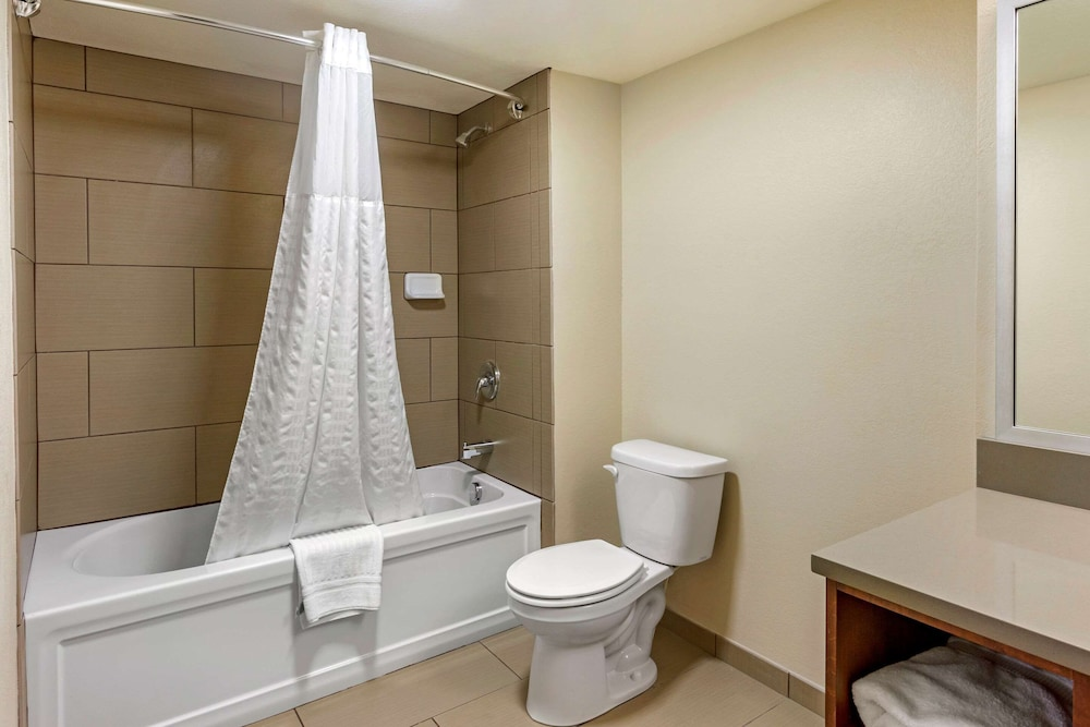 Bathroom, Comfort Inn Layton - Air Force Base Area
