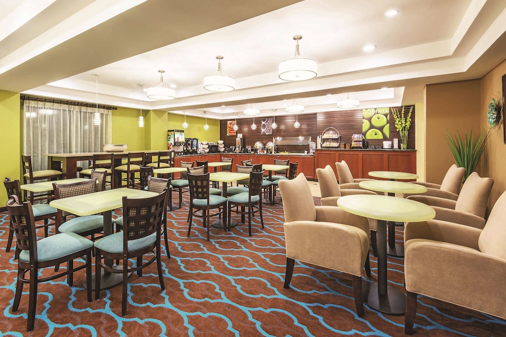 Dining, La Quinta Inn & Suites by Wyndham Boise Towne Square