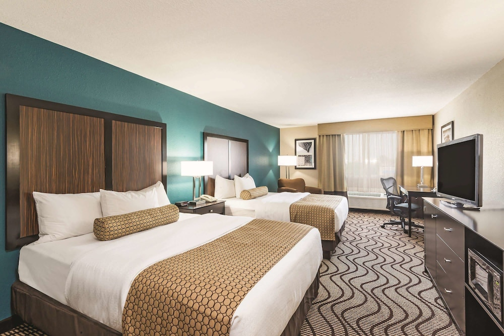 Room, La Quinta Inn & Suites by Wyndham Boise Towne Square