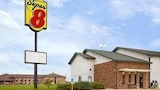Super 8 Mt Pleasant Ia - Mount Pleasant Hotels