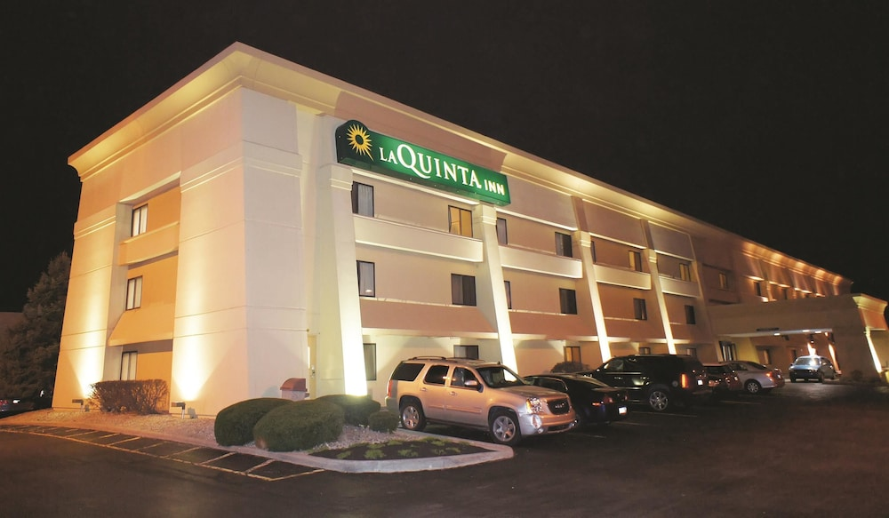 la quinta inn indianapolis airport executive drive in. Black Bedroom Furniture Sets. Home Design Ideas