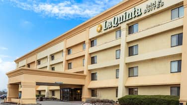 La Quinta Inn & Suites by Wyndham Chicago Gurnee