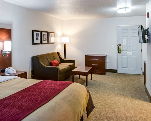 Comfort Inn Redding near I-5
