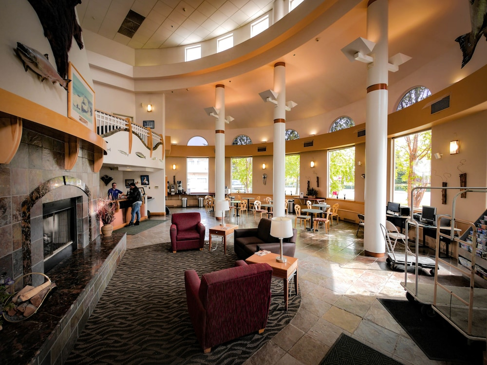 Lobby Lounge, Puffin Inn of Anchorage