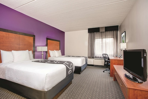 La Quinta Inn & Suites by Wyndham Atlanta Roswell