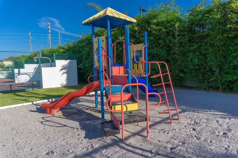 Children's Play Area - Outdoor, Villas at Fortune Place