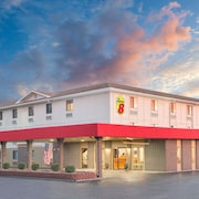 Super 8 by Wyndham Terre Haute