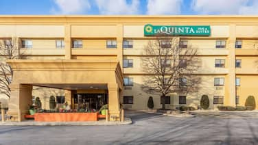 La Quinta Inn & Suites by Wyndham Chicago Tinley Park
