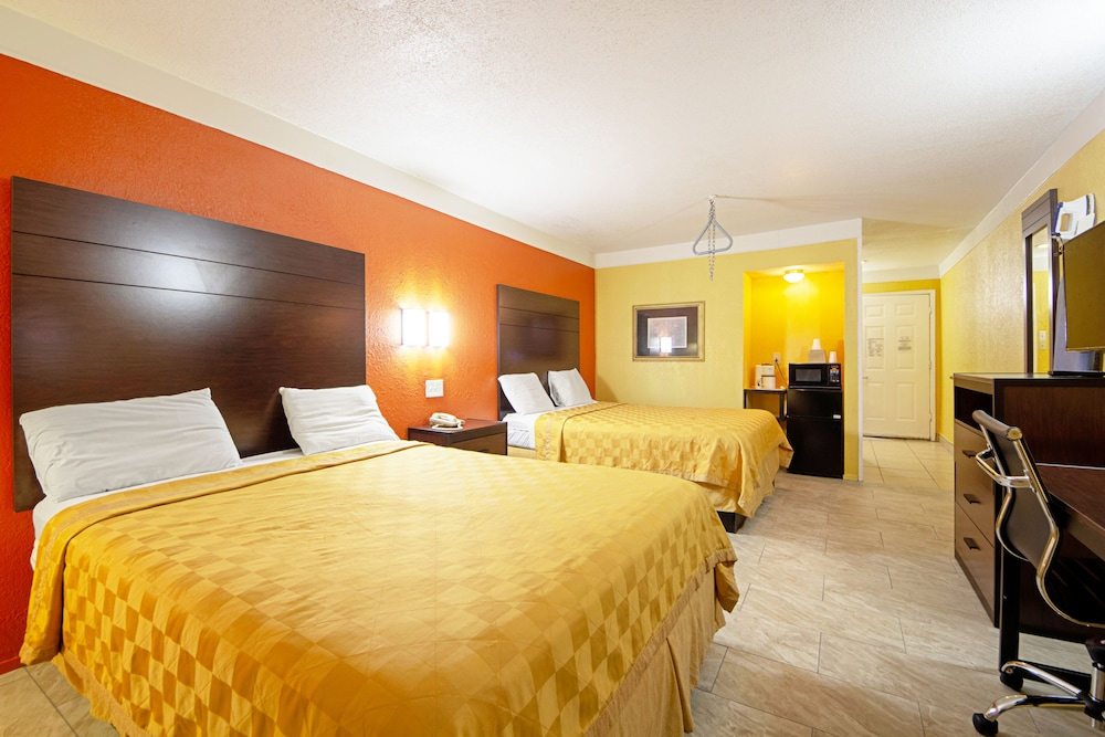 Room, Economy Inn & Suites