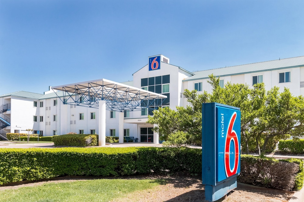 Featured Image, Motel 6 Irving, TX - DFW Airport North