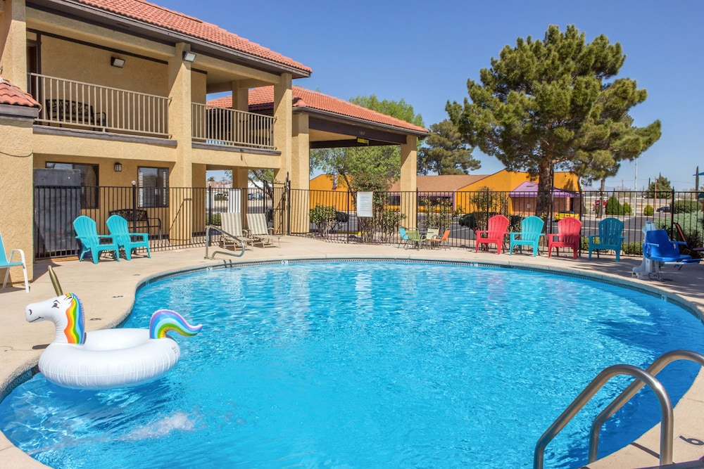 Pet Friendly Rodeway Inn Sierra Vista
