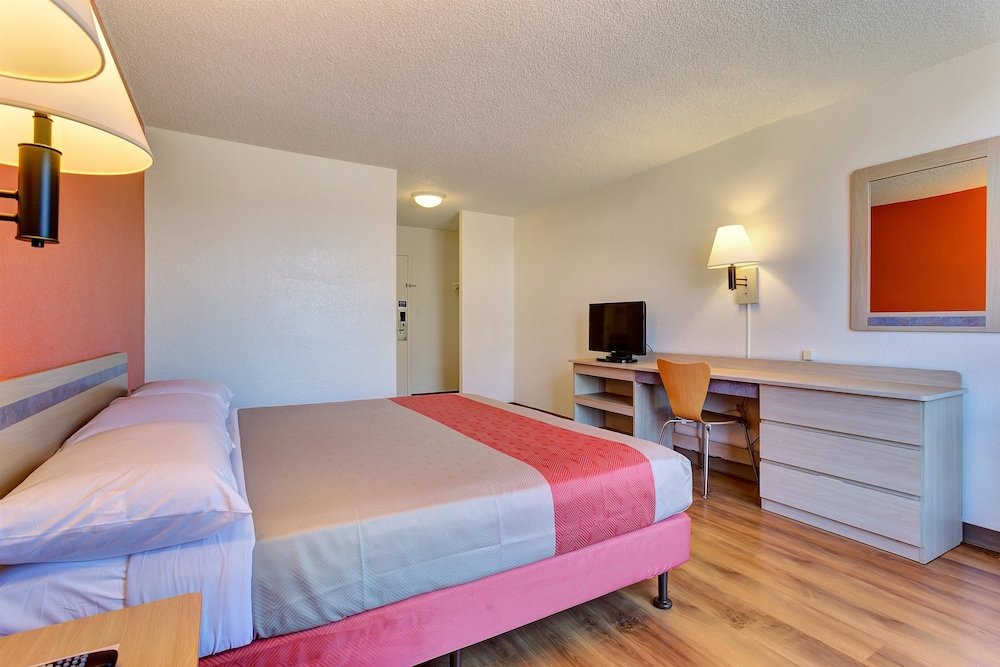 Room, Motel 6 Belmont, CA - San Francisco - Redwood City