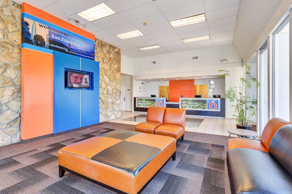 Lobby Sitting Area, Motel 6 Belmont, CA - San Francisco - Redwood City