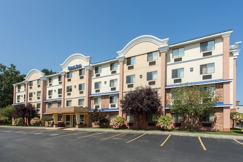 Days Inn by Wyndham Leominster/Fitchburg Area