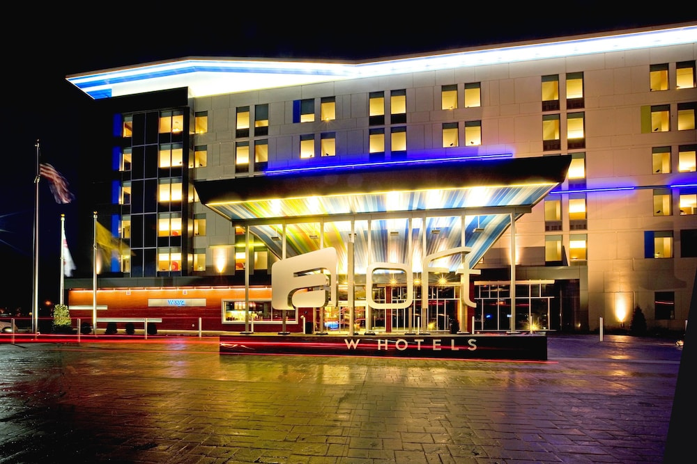 Exterior, Aloft Mount Laurel