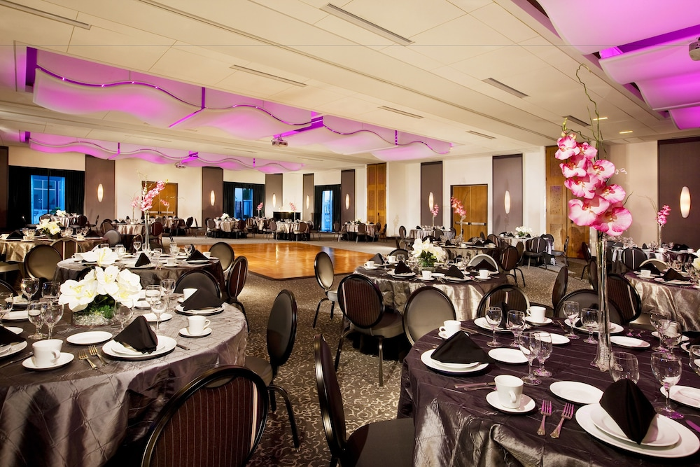 Ballroom, Aloft Mount Laurel