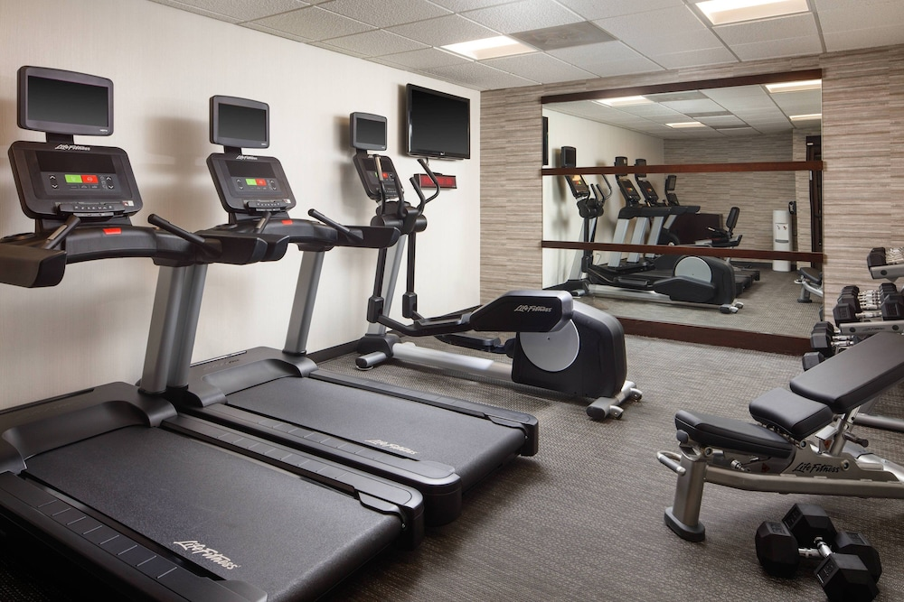 Fitness Facility, Courtyard by Marriott Indianapolis at the Capitol