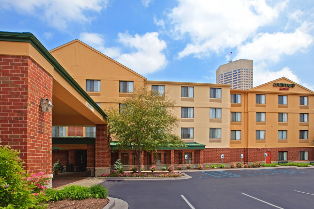 Exterior, Courtyard by Marriott Indianapolis at the Capitol