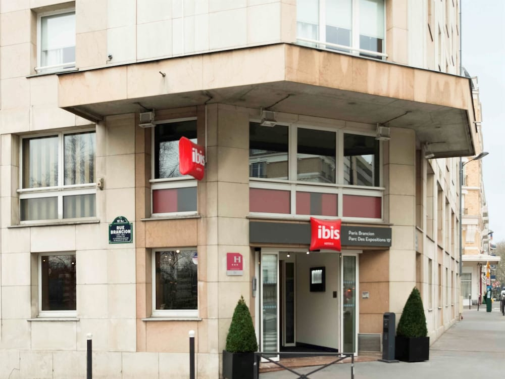 Book ibis paris porte de brancion parc des expositions for Parc des expositions porte de versailles parking