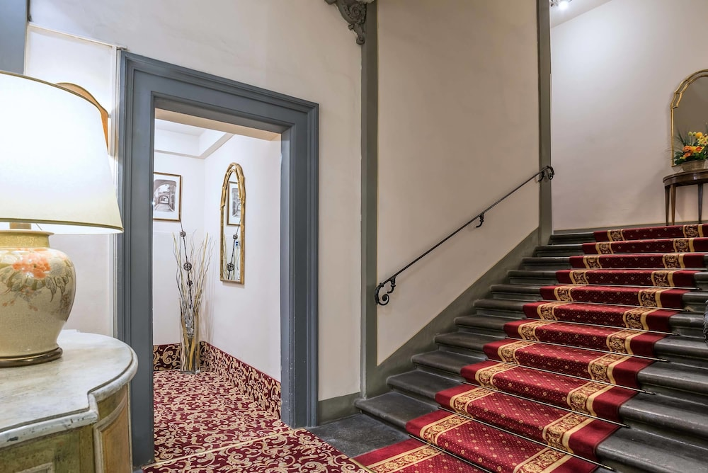 Staircase, Hotel Paris