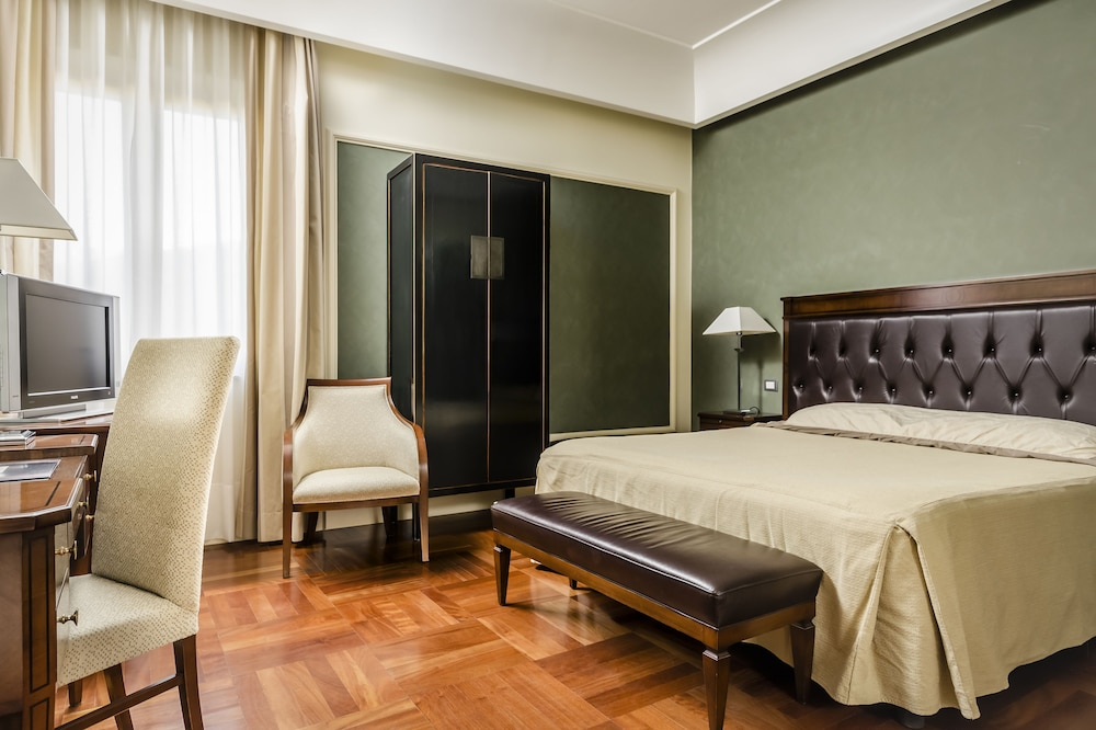 Room, Eurostars Centrale Palace
