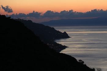 Via Leonardo da Vinci 60, 98039 Taormina, Sicily, Italy.