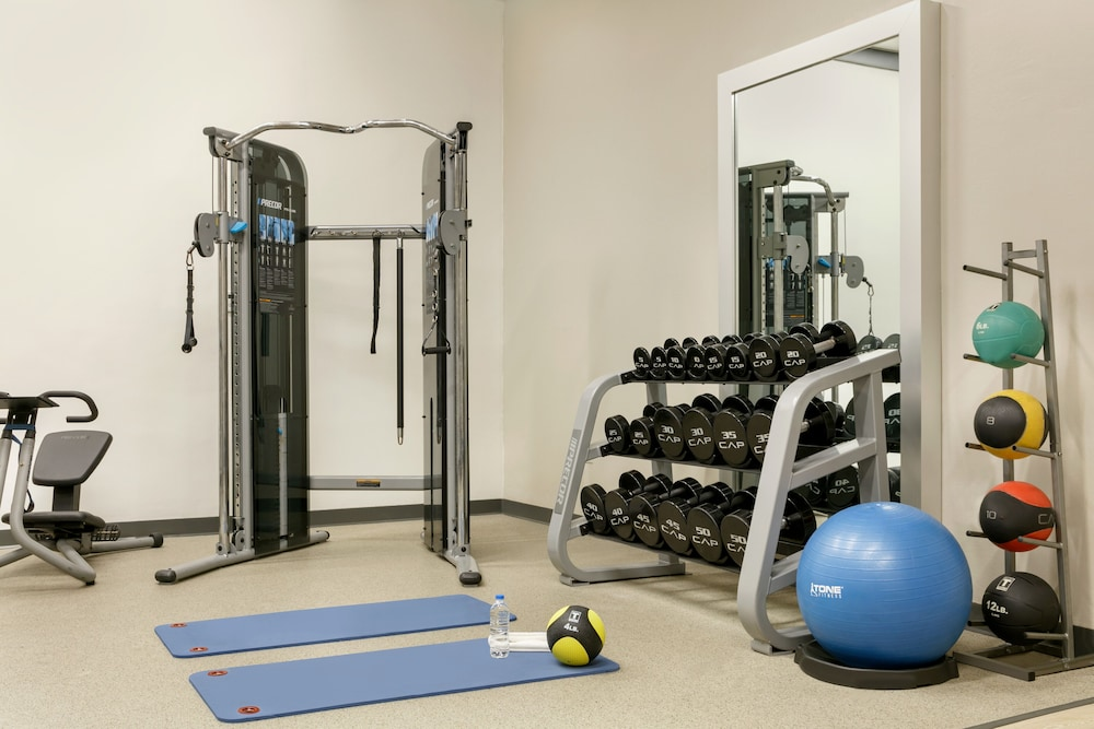 Fitness Studio, Embassy Suites by Hilton San Juan Hotel & Casino