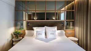 Ropa de cama de alta calidad, minibar, caja fuerte y wifi gratis