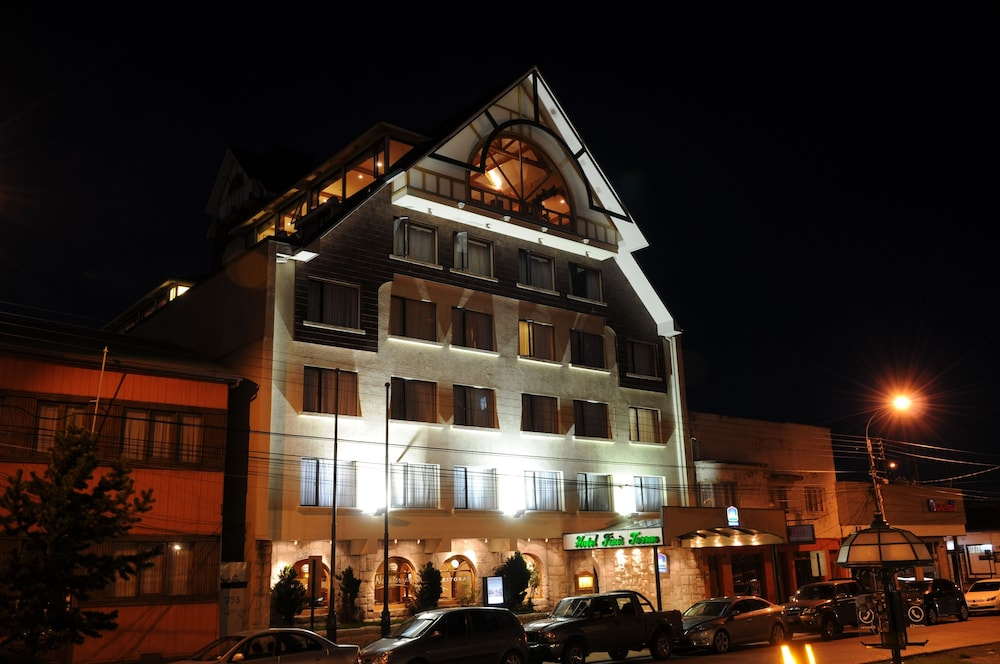 Front of Property - Evening/Night, Best Western Hotel Finis Terrae