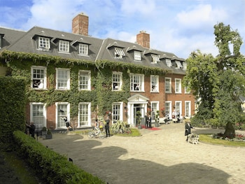 The Hayfield Manor, Perrot Avenue, College Road, Cork, Ireland.
