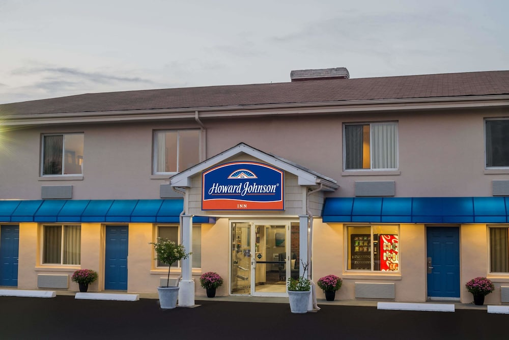 Howard johnson Hotels and Hotel deals, discounts and special offers.