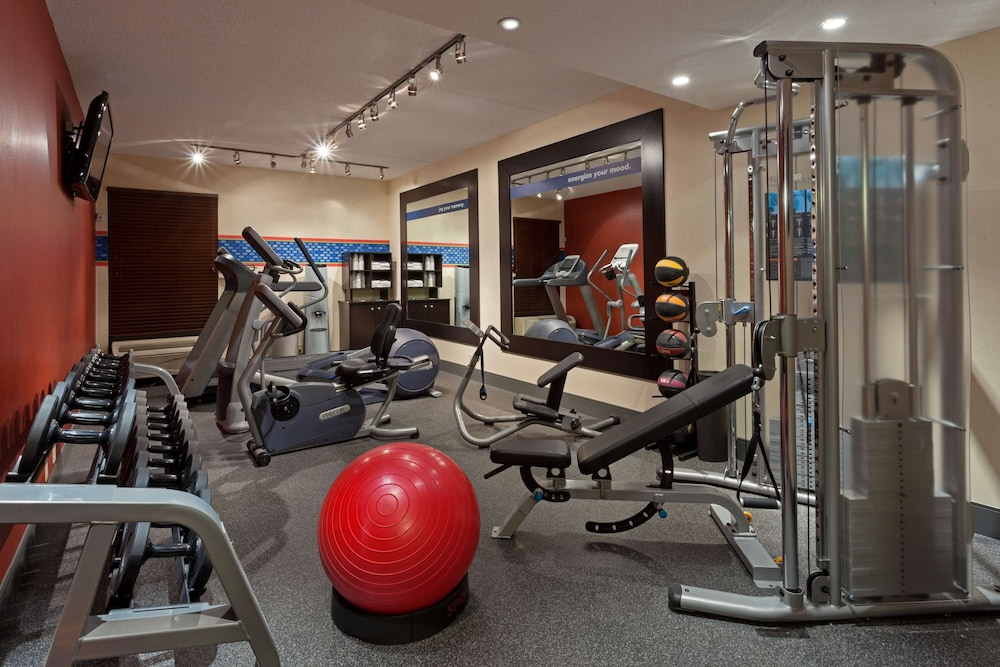 Fitness Facility, Hampton Inn by Hilton New Bedford/Fairhaven