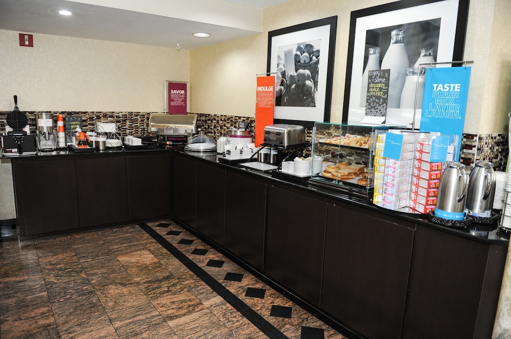 Breakfast Area, Hampton Inn St. Augustine-Historic District