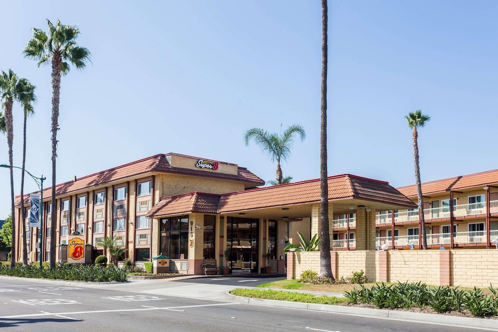 Featured Image, Super 8 by Wyndham Anaheim/Disneyland Drive