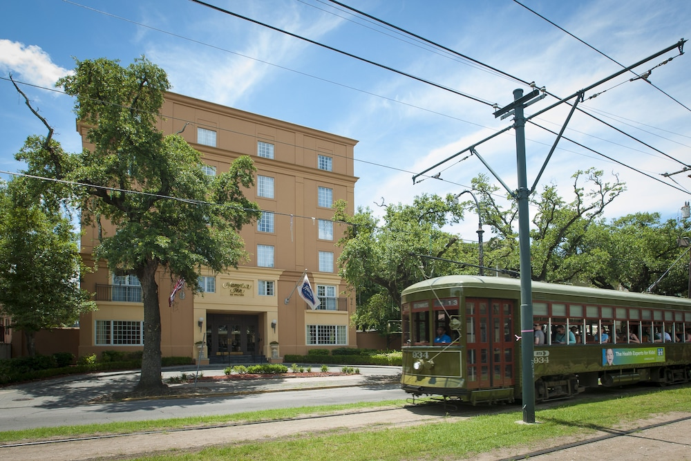 Hampton inn new orleans st charles ave garden district - Hotels near garden district new orleans ...