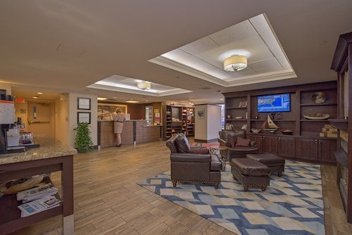 Check Expedia for Availability of Hampton Inn Portsmouth Central