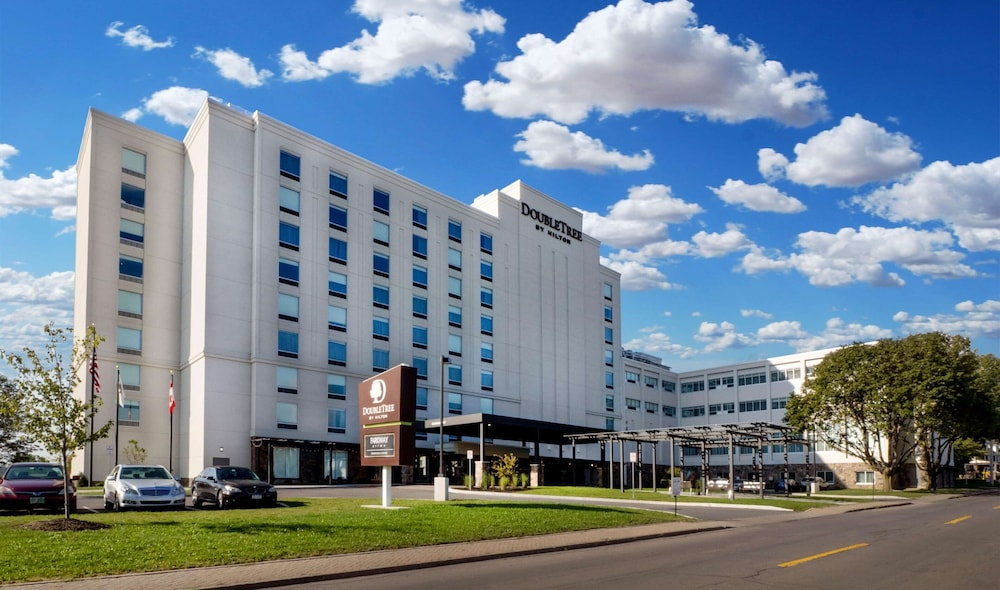 Featured Image, DoubleTree by Hilton Hotel Niagara Falls New York