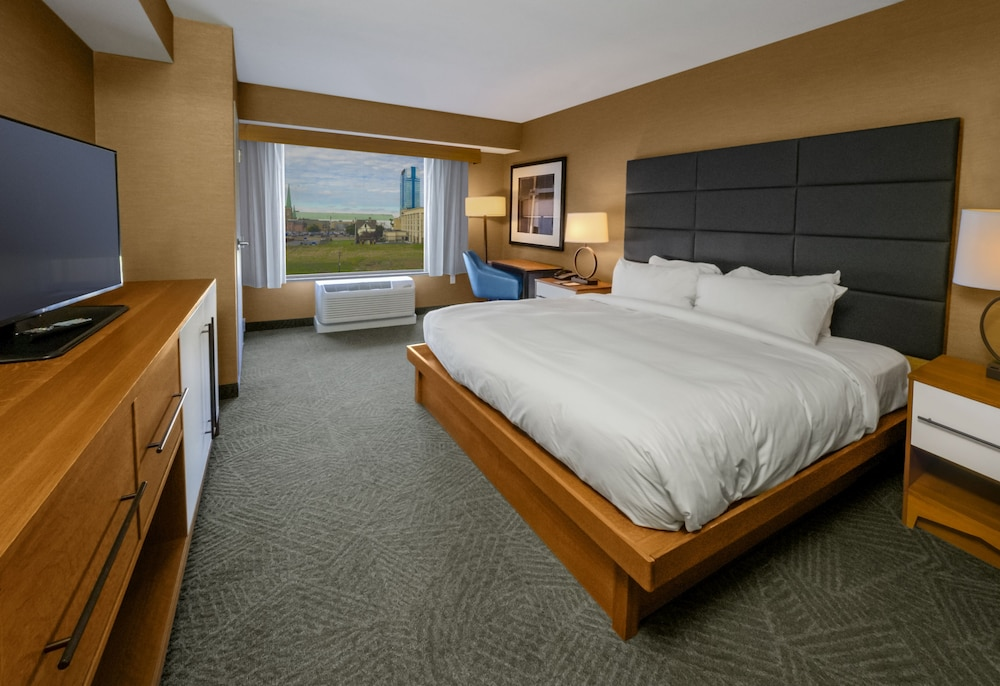 Room, DoubleTree by Hilton Hotel Niagara Falls New York