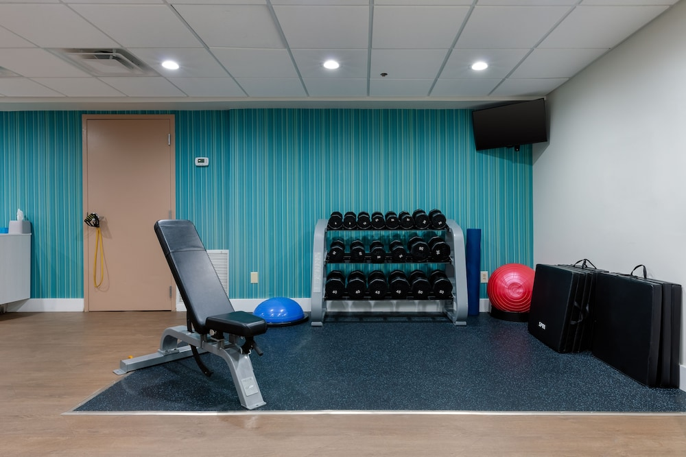 Fitness Facility, Holiday Inn Express and Suites Atlanta Downtown