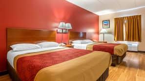 1 bedroom, desk, blackout drapes, cribs/infant beds