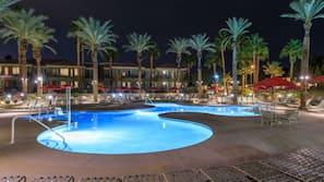 7 개의 야외 수영장