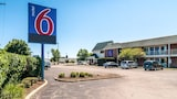 Motel 6 Chicago - Elk Grove - Elk Grove Village Hotels