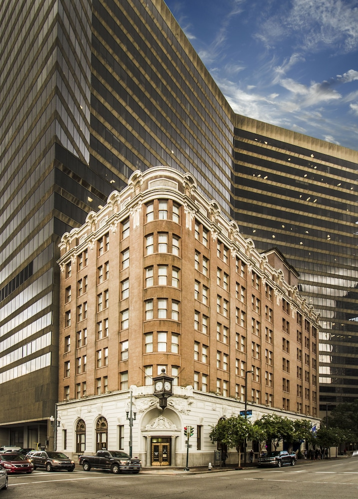 The whitney hotel in new orleans hotel rates reviews for Hotels orleans