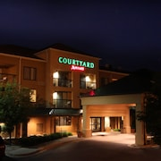 Courtyard Flint by Marriott
