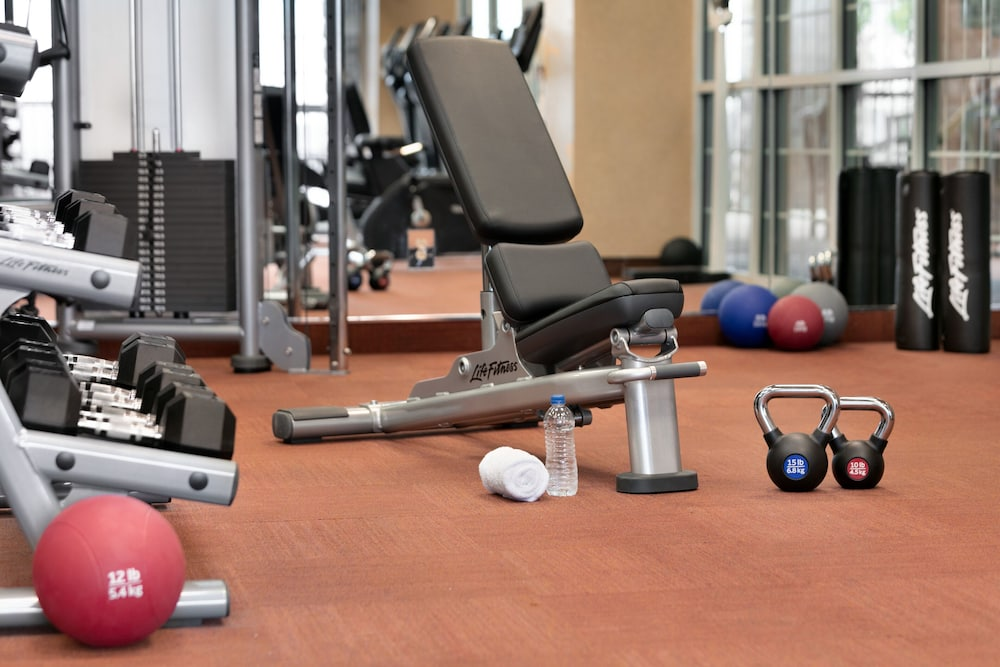 Fitness Facility, Chateau On The Lake Resort Spa and Convention Center