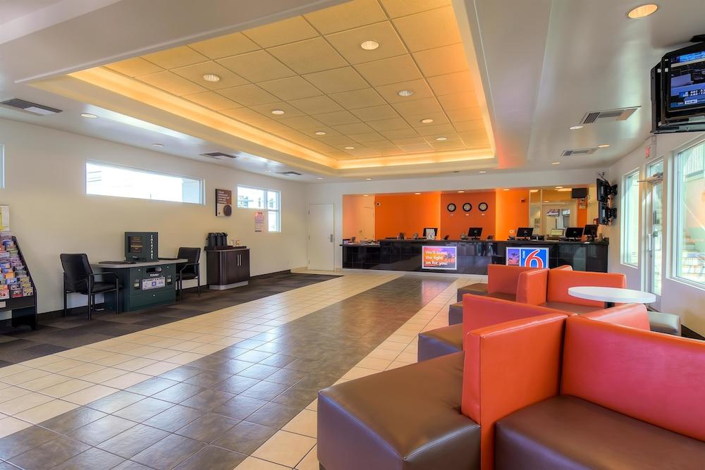 Motel 6 Las Vegas - Tropicana in Las Vegas, NV | Expedia