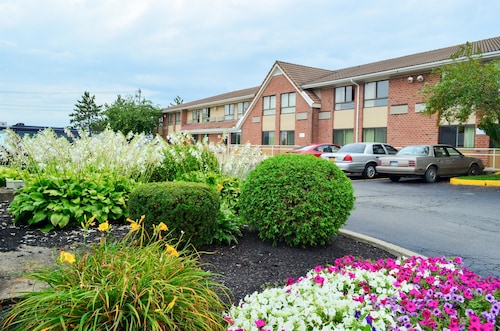 Check Expedia for Availability of Motel 6 Albany, New York