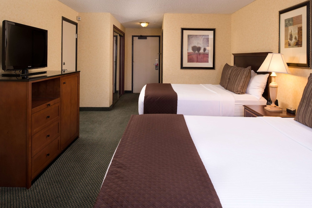 Red Lion Hotel Kennewick Columbia Center In Kennewick Hotel Rates Reviews On Orbitz